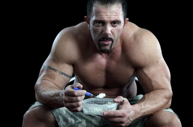 Dieta Anabolica - Masa Musculara Rapida si Naturala