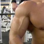 Cum sa-ti Dezvolti Rapid Pieptul, Bratele sau Alta Grupa Musculara prin Programe de Specializare