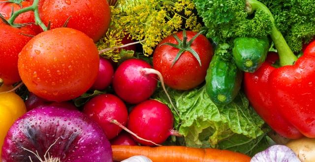 Alimente pentru masa musculara - legume si verdeturi