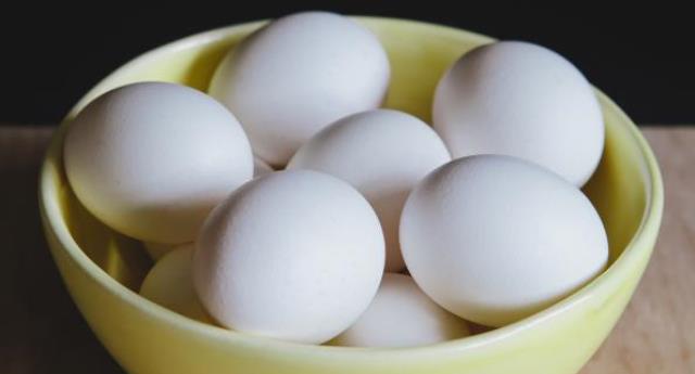 alimente pentru masa musculara - oua