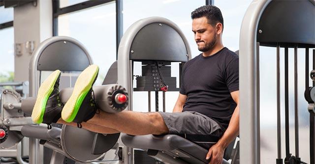 Exercitii Picioare - Extensia Genunchiului